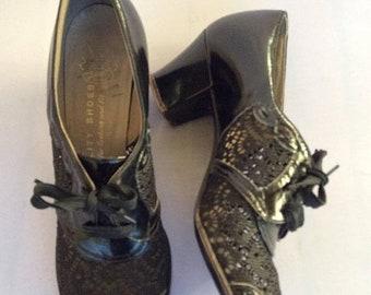 SALE 1930s black lace up peep toe pumps with black lace body - SZ 7