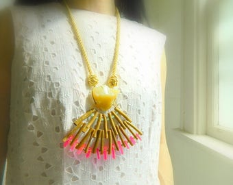 Yellow Agate Necklace Statement necklace Boho Necklace Rope Necklace Raw stone Necklace Big Necklace Bib necklace Sun Necklace Long Necklace