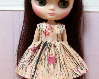 BLYTHE Middie doll Its my party dress - blossom trees