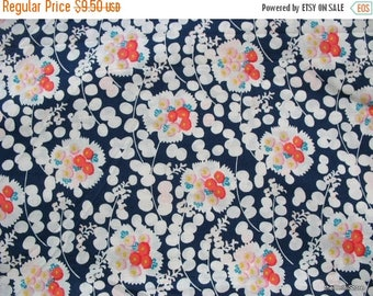 Flat 40% Off Quilting Cotton /  Apparal Fabric Floral Print  Fabric by the Yard
