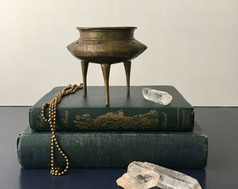 vintage etched brass incense burner footed Chinoiserie