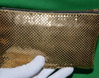 Vintage  WHITING DAVIS U.S.A. Golden Mesh Small Purse Coin  Wallet 1950s