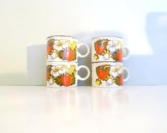 Four cups Vintage Strawberry Midwinter Stonehenge Set of four