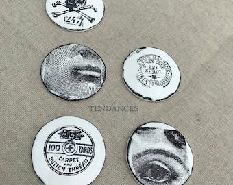 Décoration ronde bombe petit modele en ceramique 5,3 cm