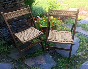set of 2 wood folding chairs with woven seat and back mid century modern accent