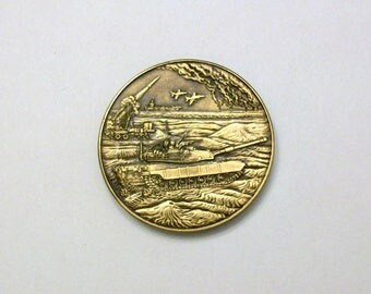 Persian Gulf Veterans National Medal.  Act of Congress 1992.  Absolutely beautiful medal.