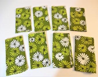 Vintage Retro Floral Napkins - Mod Daisy Pattern - Set of 8 - NOS - Olive - Chartreuse - White - Japan - Flower Power  - 1960's Table Decor