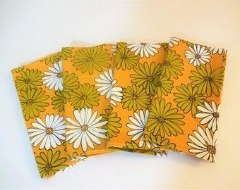 Vintage Retro Floral Napkins - Mod Daisy Pattern - Set of 4 - NOS - Olive - Orange - White - Japan - Flower Power  - 1960's Table Decor