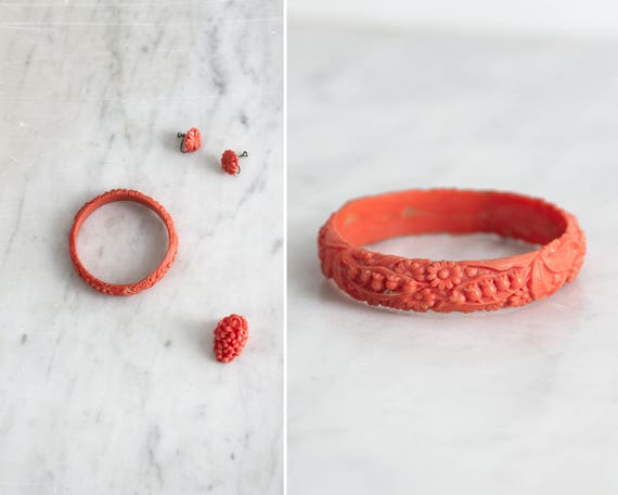 vintage 1930s celluloid jewelry set | 30s carved celluloid | coral pink celluloid ring bracelet earrings