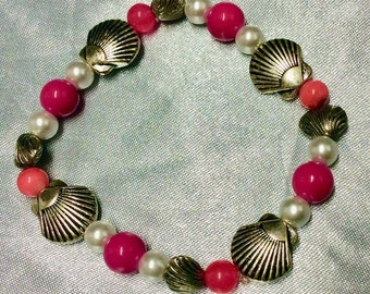 Pink & Pearl seashell stretch bracelet