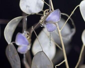 Boucles d'oreille Aponi véritable ailes de papillon lavande et engrenages d'horlogerie