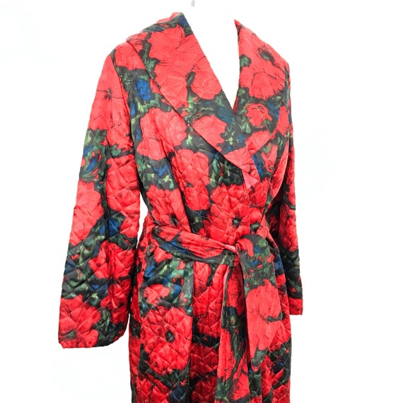 1950s vintage dressing gown quilted red floral print flowery poppy long robe vintage housecoat 60s midcentury boudoir burlesque medium large