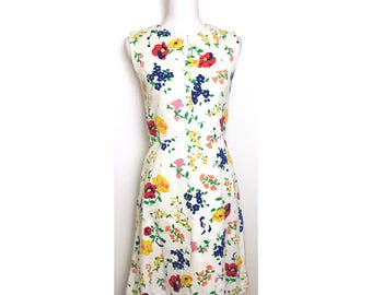 Vintage Floral Shift Dress
