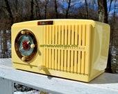 BLUETOOTH MP3 READY Ivory Vanilla 1948-50 General Electric Model 65 Retro AM Clock Radio Works Great!