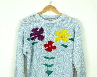 ON SALE Vintage White /Pale Blue Marled x Floral Round Neck sweater form 80's*