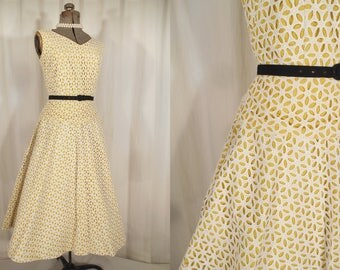 1950s Dress - 50s Small Vintage Cocktail or Day Dress Yellow White Lace