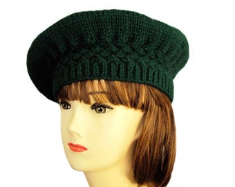 Knitted Beret, Women's Beret Hat, Chunky Knit Hat, Green Beret, Green Hat, Oversized Hat, Vegan Gift, Vegan Clothing, Women's Gifts
