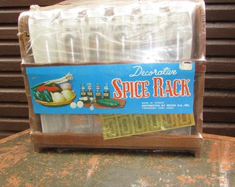 Vintage Decorative Spice Rack. New Old Stock. Still Sealed!  12 Spice Jars with Labels and Wooden Spice Rack