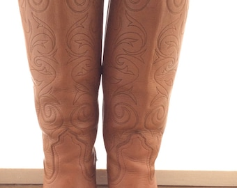 Vintage Frye cowboy boots tall tan leather