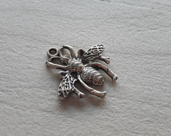 Silver Queen Bee pendant created jewelry