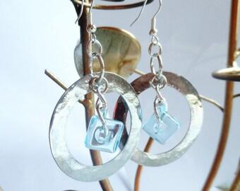 Eearrings blue glass pearl