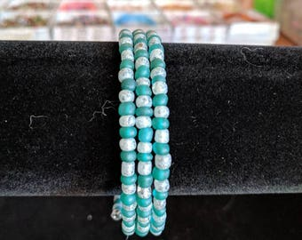 Memory wire bracelet- silver glitter and teal 6/0 seed beads