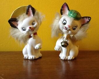 Vintage Fluffy Kitty Cat Shaker Set