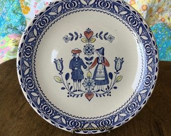 """Johnson Brothers, Staffordshire, Old Granite, Hearts and Flowers, dinner plate, 9 3/4"""""""