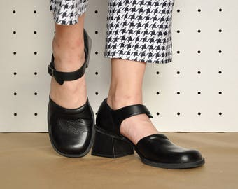 90s GRUNGE mary janes CHUNKY mary janes PATENT leather mary janes mod mary janes minimal mary janes goth sandals Size 9.5 us / 7 uk / 41 eu
