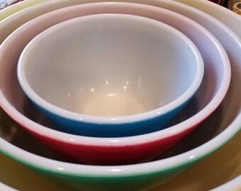 Four Piece Vintage Pyrex Nesting Bowls