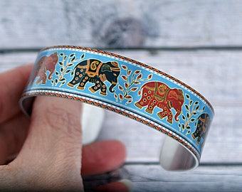 Elephant jewellery cuff bracelet, metal bangle with elephants. Animal and Elephant lover gifts. secret message hidden inscription. B548
