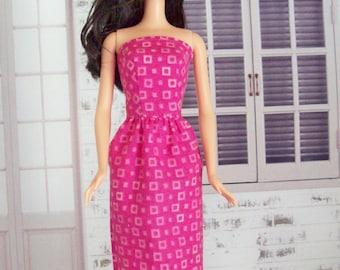 Handmade Barbie dress, pink dress, geometric dress, Barbie dress, fashion doll clothes, doll dress, doll clothes, modest Barbie