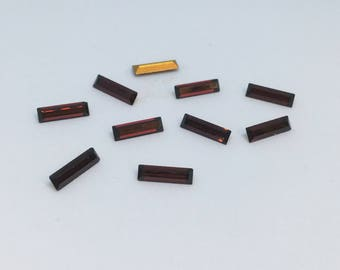 Vintage Glass Garnet Red colour Baguette Rectangular foiled rhinestone approx 3mm x 10mm 10 pieces Austrian Art No 109