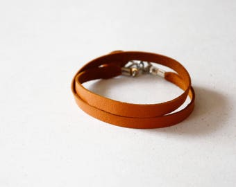 Simple bracelet, Tan leather bracelet, Leather strap bracelet, Leather cuff for her, Unisex jewellery, Tan leather choker, Birthday gift