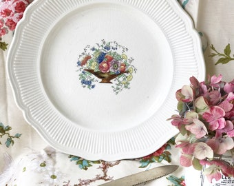 """Royal Doulton """"Tazza"""" cake or dinner plate"""