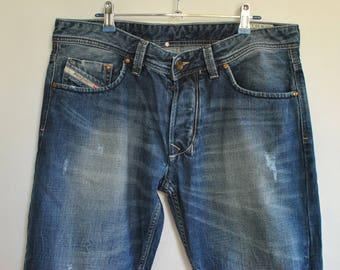 Vintage DIESEL MEN'S JEANS with advance patina size W-33..................(062)