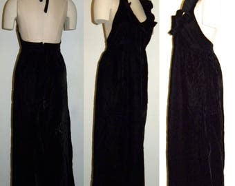 1970s 70's Black Velvet Maxi Dress / Halter Dress / Ruffle / Mindy Malone / Formal / Gown / Vintage / size 11 fits S