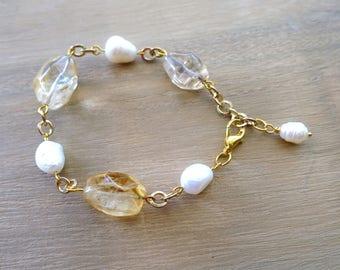 Citrine and Freshwater Pearl Bracelet, Citrine Jewelry, Citrine Jewellery, Pearl Jewelry, Pearl Jewellery, Gold Link Bracelet