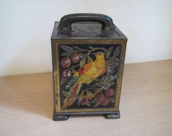 W R Jacob & Co Biscuit Tin