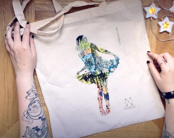 Lady of New York Bag // Art Print // New York illustration // New York Print // City illustration // New York Gift // Art Bag // Mothers Day