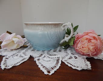 Pretty blue potty / Chamber pot