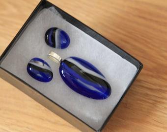 Beautiful Fused Glass Pendant and Earings