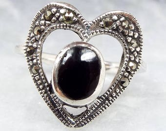 Vintage Sterling Silver Art Deco Style Statement Black Onyx Heart Ring / Size N