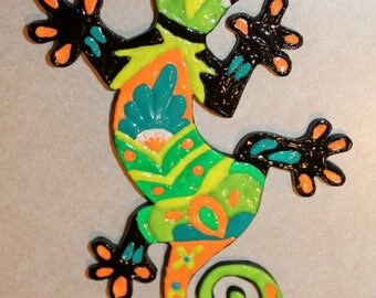 Polymer clay wall hanging Gecko