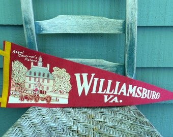 vintage Williamsburg VA pennant,Colonial Williamsburg,williamsburg va,williamsburg collectible,Royal Governor's Palace