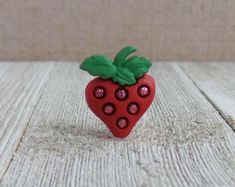 Strawberry - Fruit - Summer - Red - Lapel Pin