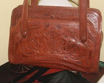 1940s 50s Floral Tooled Leather Brown Purse Handbag Pocketbook