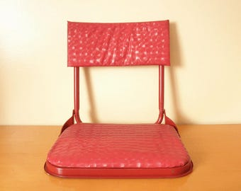 Mid-Century Stadium Seat/ Folding Picnic Chair/ Boat Seat/ Portable Bench Seat -Bright Cherry Red Color- Metal and Vinyl - Very Retro Cool!