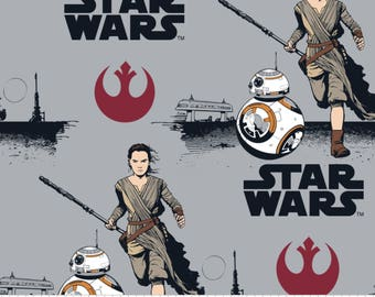 FLEECE Star Wars  Rey & BB8 Fabric From Camelot