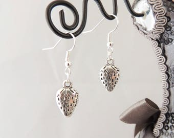 Woodland Strawberry earrings